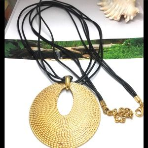 Joan rivers hammered disc pendant leather necklace